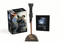 Harry Potter Wizard´s Wand with Sticker Book : Lights Up!