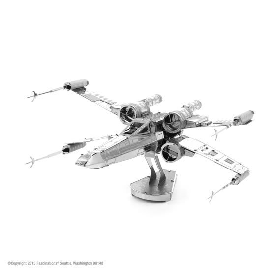 Metal Earth 3D puzzle: Star Wars X-Wing - neuveden
