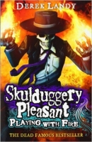 Skulduggery Pleasant 2: Playing with Fire - Landy, D.